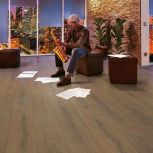 Egger H7331 Molet Oak 8mm XL