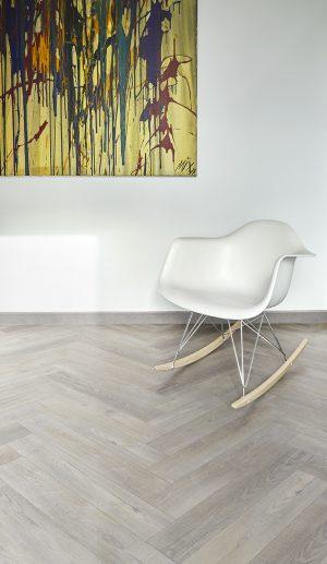 Interieurfoto PVC Rigid Click COREtec Naturals 855 Haze Visgraat